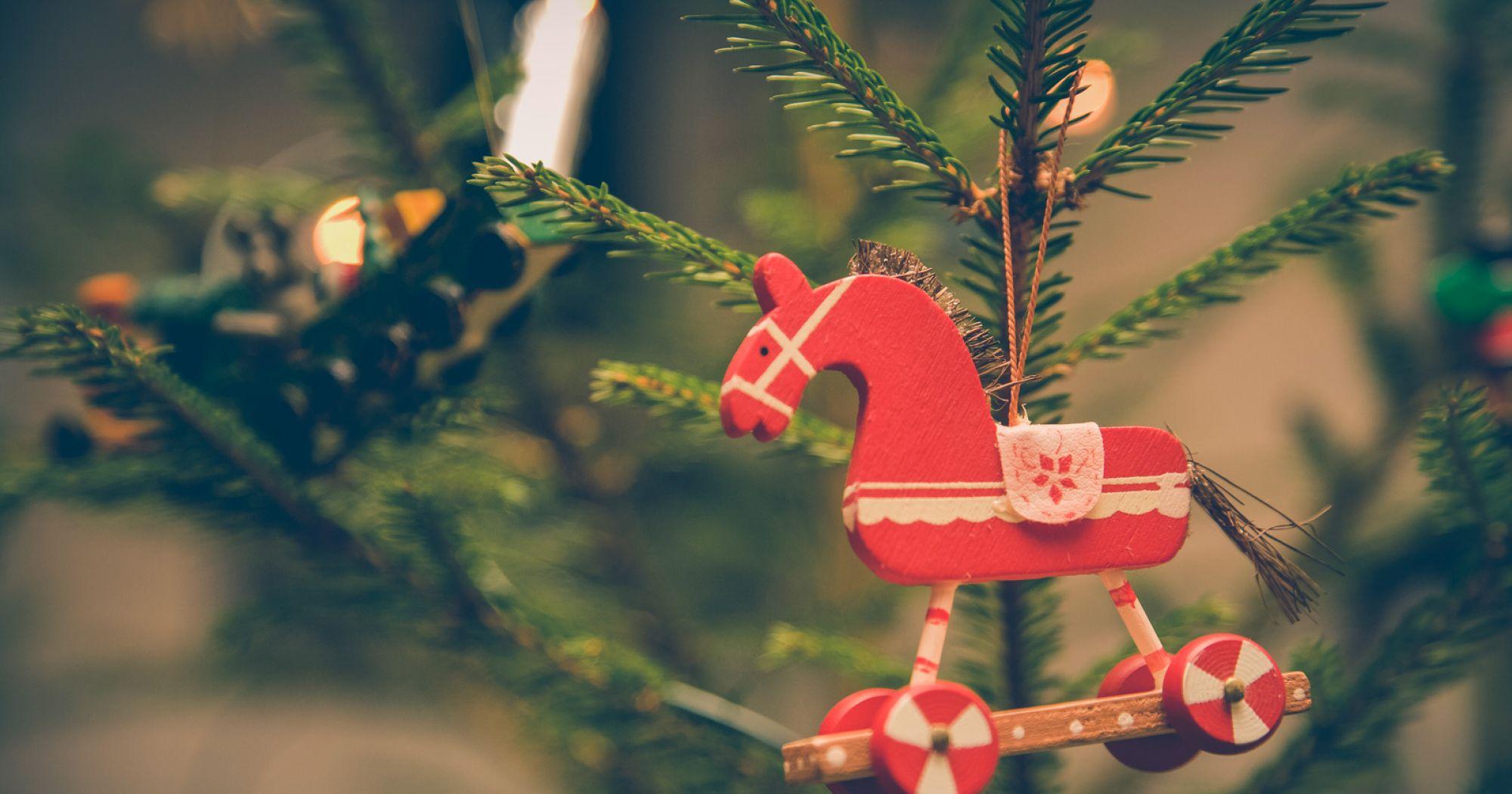 UK Choose One Software Christmas GIFT ITEM Option