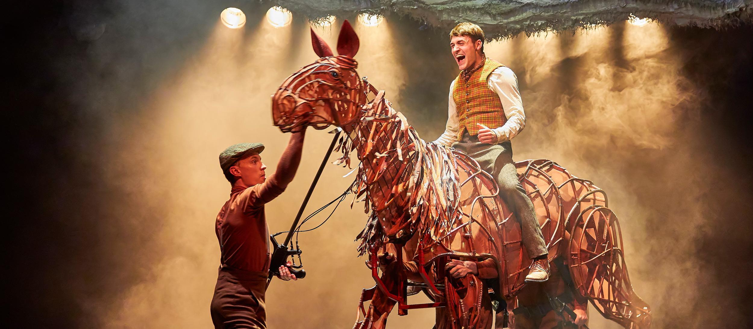 War Horse Behind The Scenes